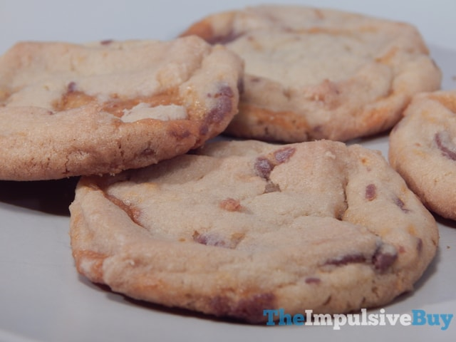 Nestle Toll House Cookie of the Year Butterfinger Baking Bits Cookies 3