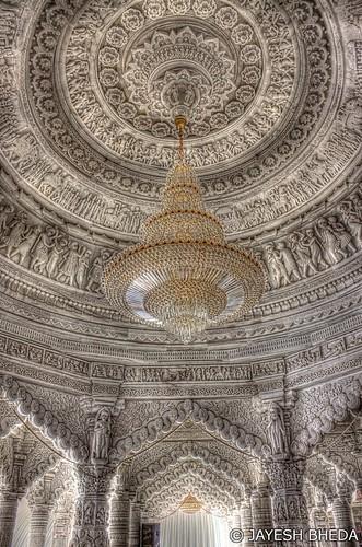 Chandelier of Swaminarayan Temple, Bhuj, Kutch, Gujarat by Jayesh Bheda