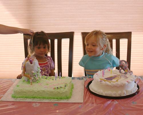 Kaidence and Nevaeh pose by Kaidences cakes