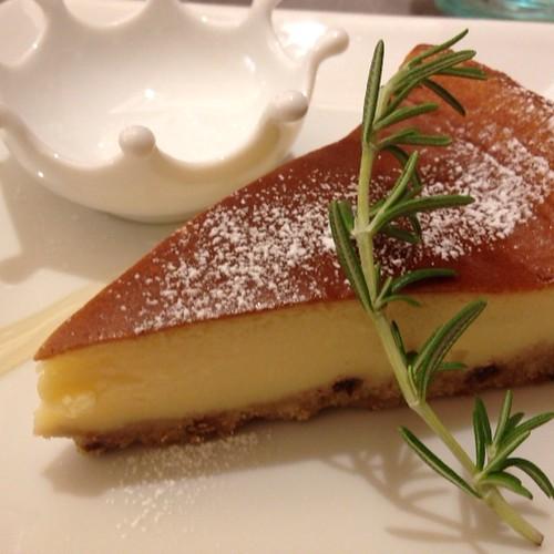 カマンベールのチーズケーキ