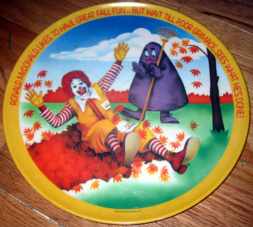 20120623 - yardsale booty - 3 - McDonald's plate - IMG_4432