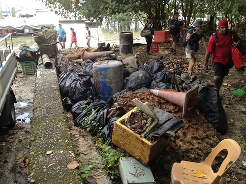 48_PreNatiDay_MangroveCleanup-04 aug2012[andydinesh]