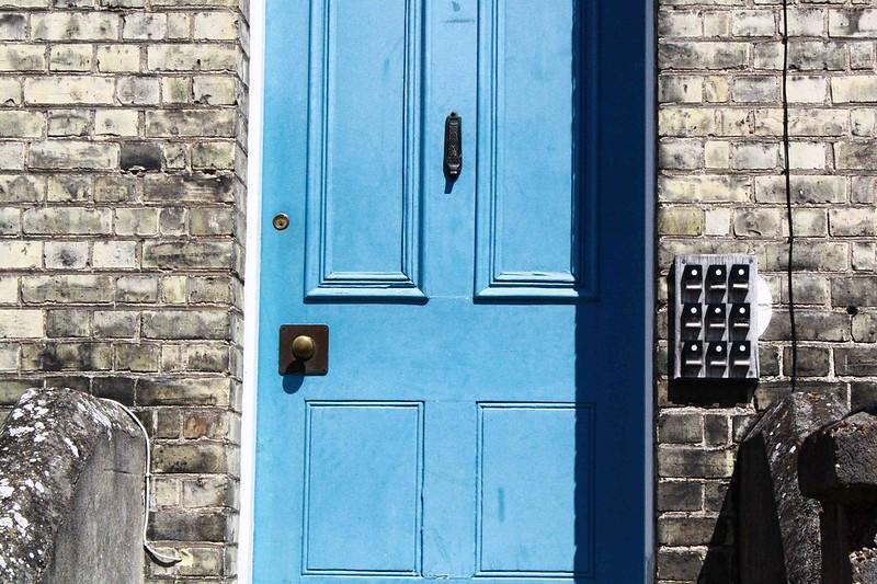 blue door, Warkworth lodge. Cambridge