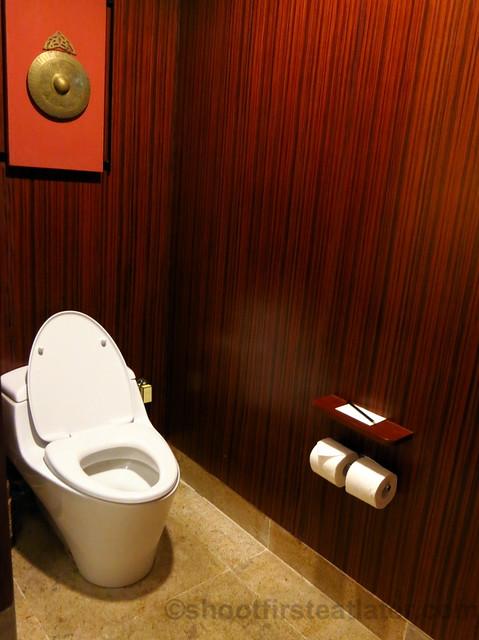 Shangri-La's Boracay Resort & Spa- seaview suite-006