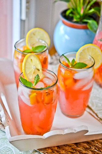 Fresh Peach Lemonade 7