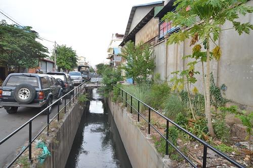 Street 396 Canal