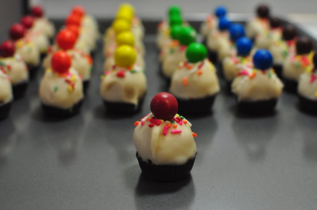 rainbow cupcake bites 02
