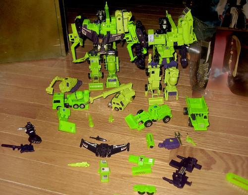 20120616 - yardsale booty - 2 - Transformers - Decepticons - Constructicons - Devastators - IMG_4377