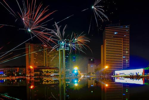 Independence Day Fireworks by iksamenajang