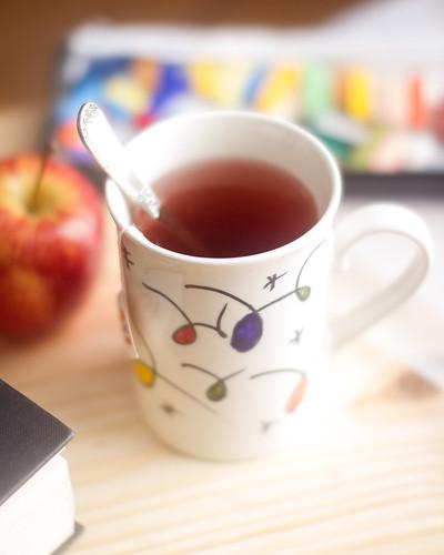 mug by Luiz L.