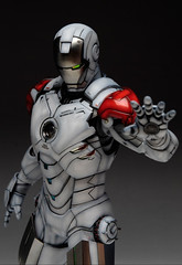 HT 1-6 Iron Man Mark IV (Hot Toys) Custom Paint Job by Zed22 (15)