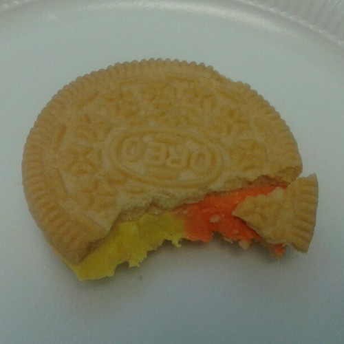 Now eating: candy corn oreo. Cc @gingerfoxxx