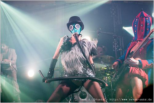 Uri Gaga (Uri Gincel), Clea Cutthroat & Carlos Primero (Carlos Bruck) / Bonaparte