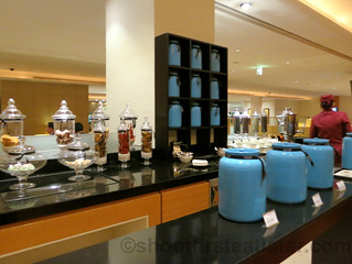 Qatar Airways Business Class Lounge at Doha International Airport-016
