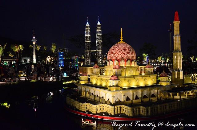 152 legoland malaysia