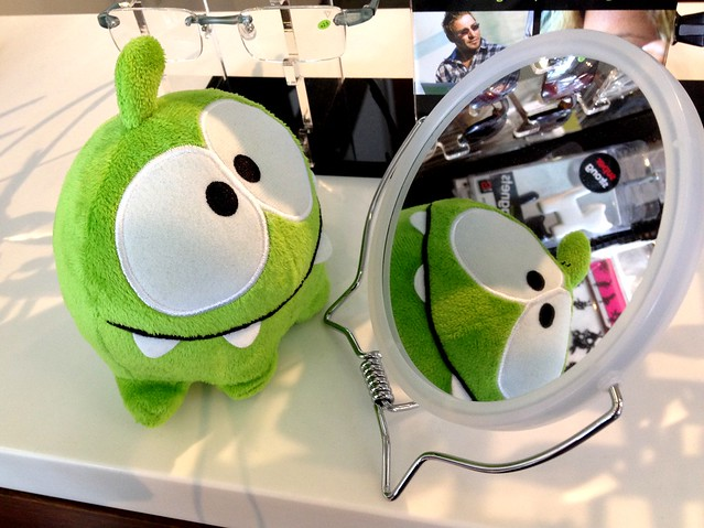 Om Nom in the mirror!