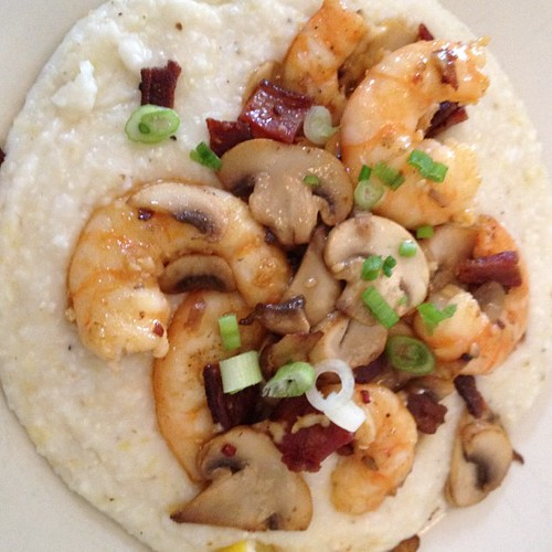 I love Southern food. Love! Shrimp and grits at Hominy Grill. It's legit.