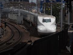 名古屋駅に入るのぞみ333号(下り