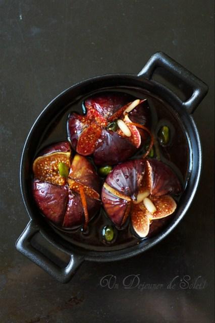Figues rôties au vin rouge et pistaches