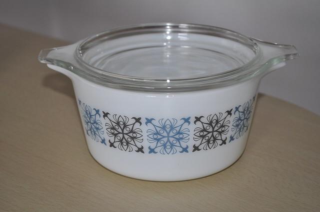 2012-08-26 JAJ Pyrex casserole dish