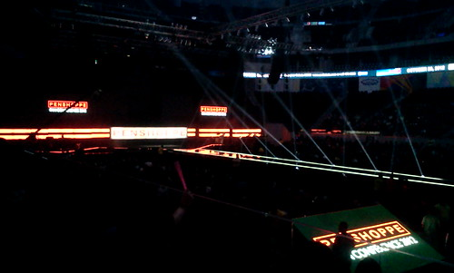 Zac Efron Penshope Fan Conference stage at MOA Arena