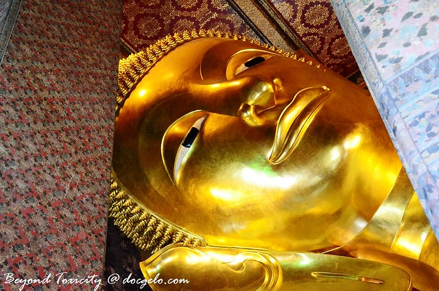 buddha's face in wat pho