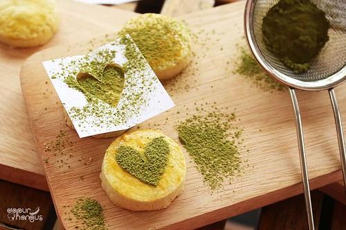 kue sagu teh hijau