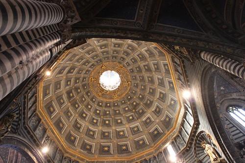 20120808_4992_Siena-duomo-interio