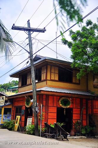Lonesome Carabao Lounge, El Nido, Palawan