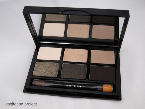 Bobbi-Brown-Holiday-2012-Rich-Caviar-Eye-Palette-IMG_3960