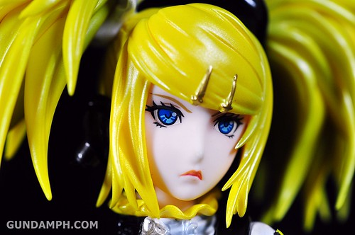 Max Factory Kagamine Rin (Nuclear Fusion Ver.) Unboxing & Review (24)