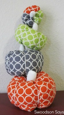 Fall Fabric Pumpkins - Swoodson Says