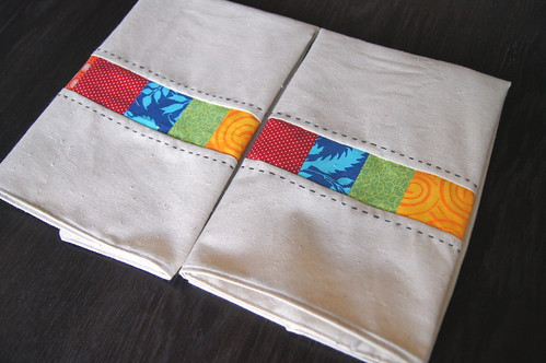 Modernista Kitchen Towels