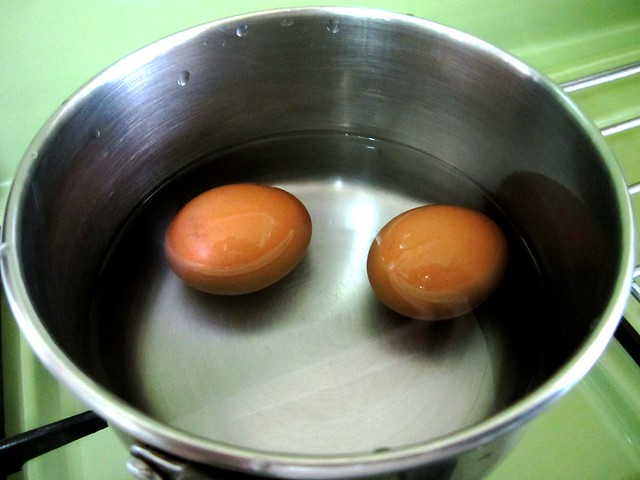 STP's half-boiled eggs 1