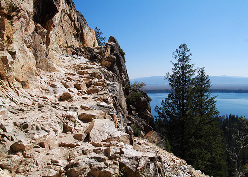 The hiking trail to Inspiration Point