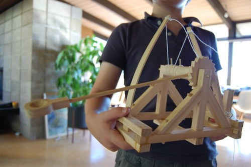 da Vinci catapult model
