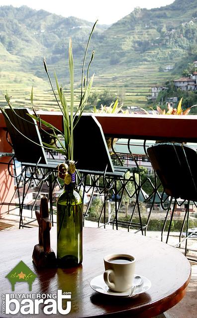 Having coffe while enjoying the nice view in Sanafe Lodge