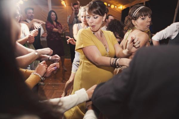 009_karen seifert dancing wedding gangham style photography