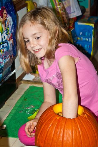 302/366 [2012] - Pumpkin Carver by TM2TS