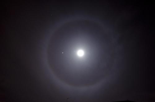 Moon Halo 1 November 2012