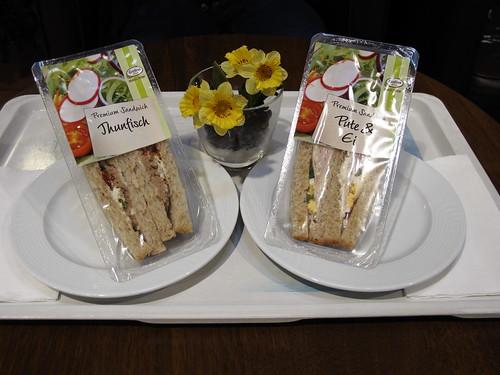 Sandwiches in der Autobahnraststätte Tecklenburger Land
