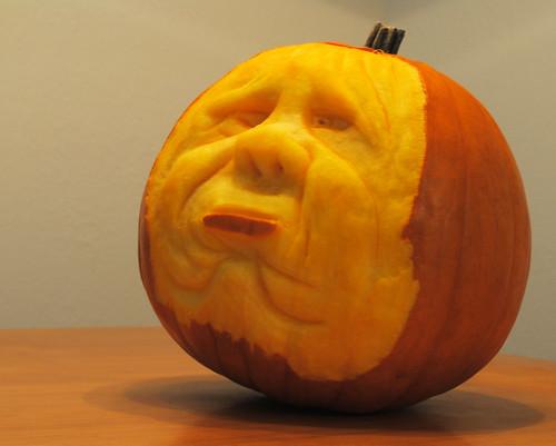 Halloween Pumpkin Carving by KT❤
