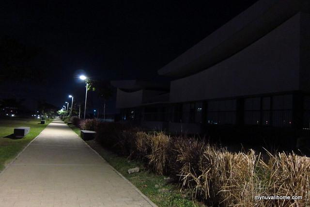 Nuvali Lakeside Walkway Dec2012 (5)