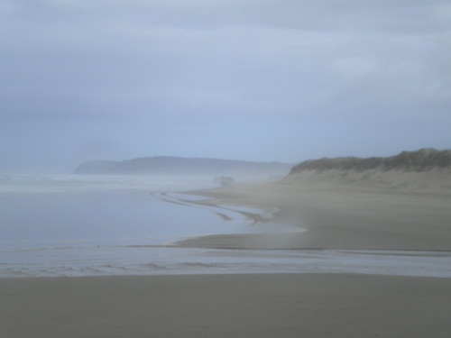 Ninety Mile Beach (in the rain)