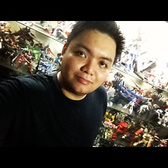 Featured Collector Gibe LOTUR Lindayag (7)