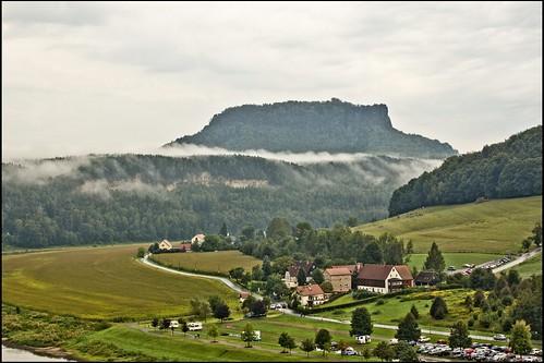 Nebelschwaden vor dem Lilienstein