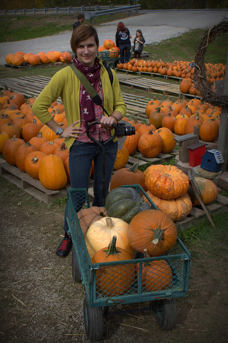 20121013. Best fall farm stand ever - Gnawbone, IN.