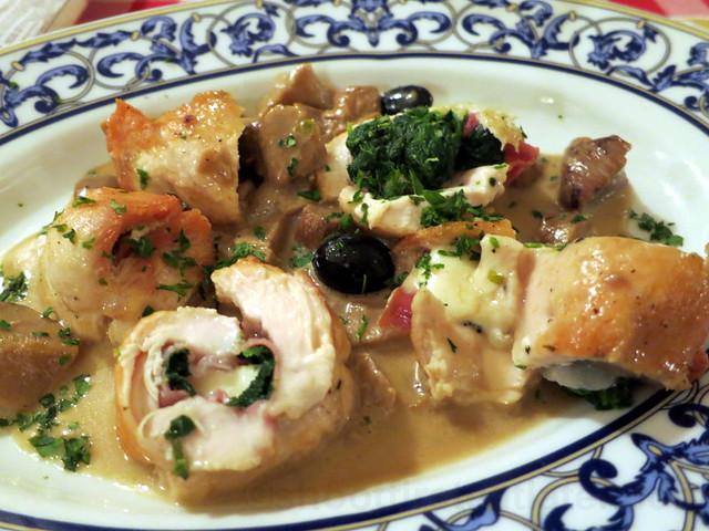 coscia di pollo ripieno (stuffed chicken pie) €14