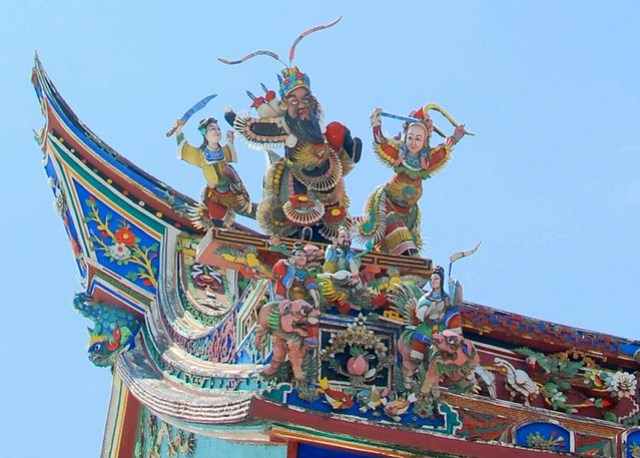 Roof detail temple
