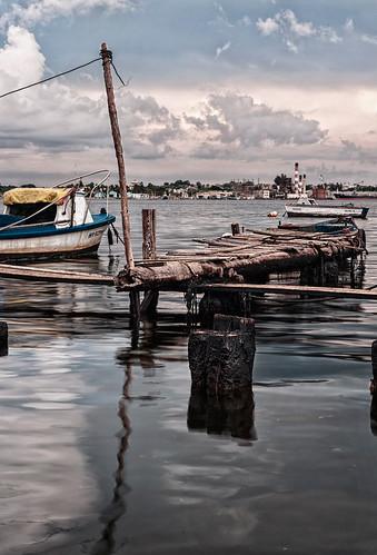 Equilibrio...La Habana, Cuba by Rey Cuba